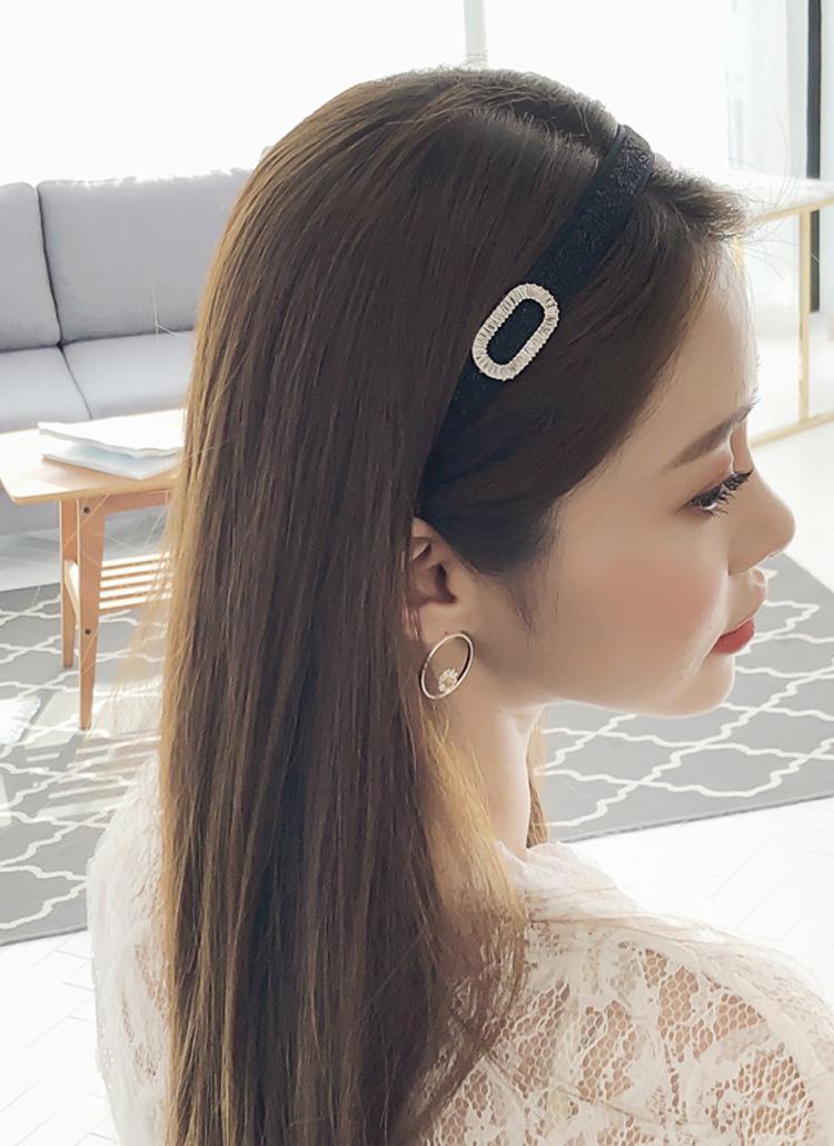 枝毛の原因は熱ダメージだけじゃないの。正しいヘアケアでNO MOREパサパサ髪