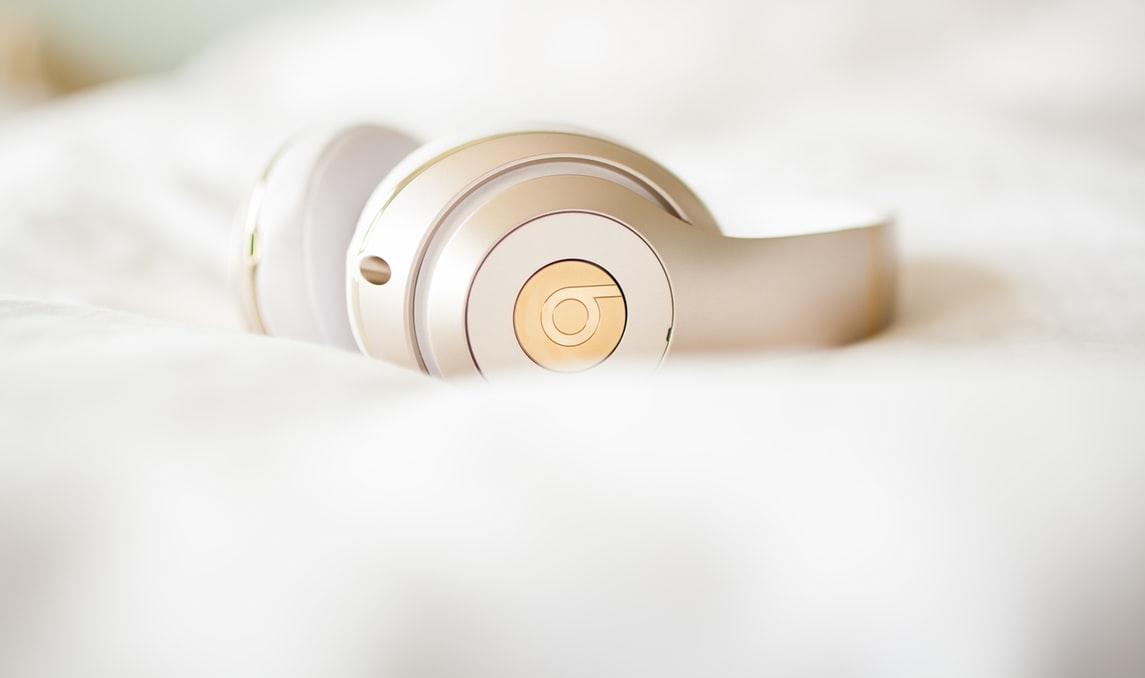 二度寝脱出方法② スヌーズでなく、素敵な音楽を聴く