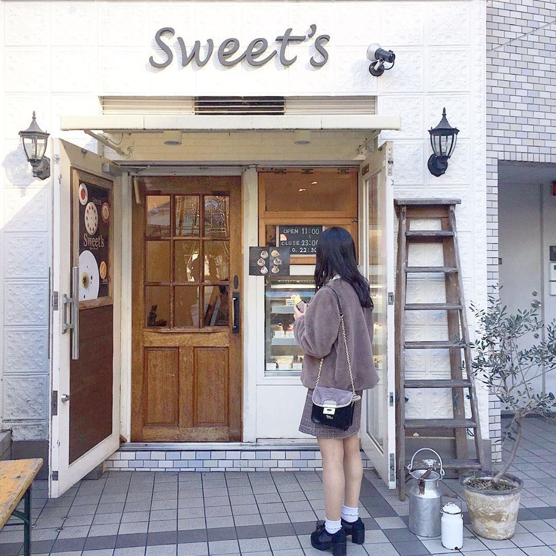3)Sweet's