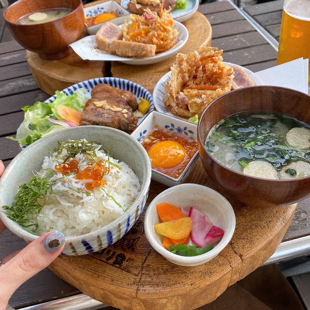 鎌倉 海沿いのキコリ食堂