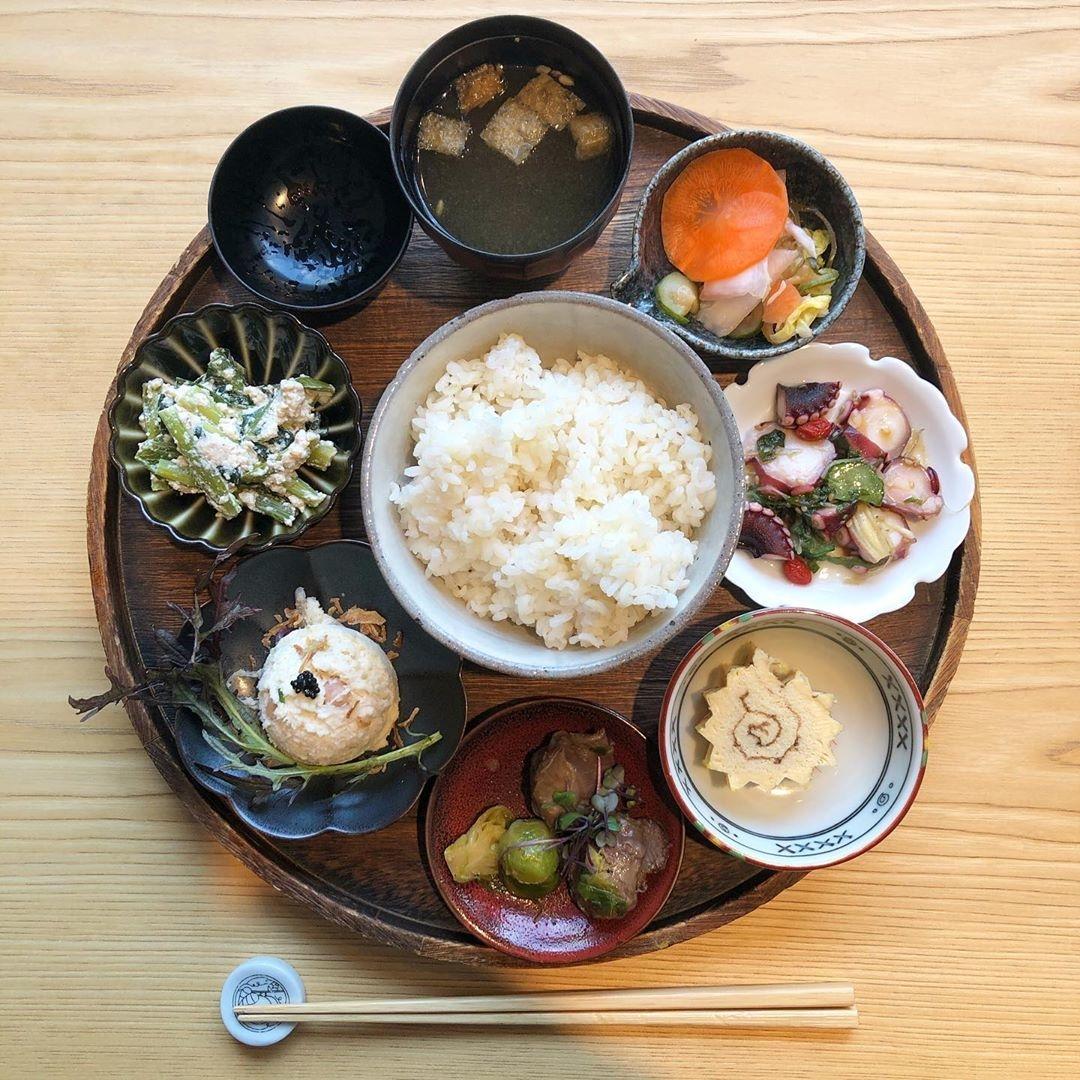 美味しそうな和食屋さんを提案しちゃう