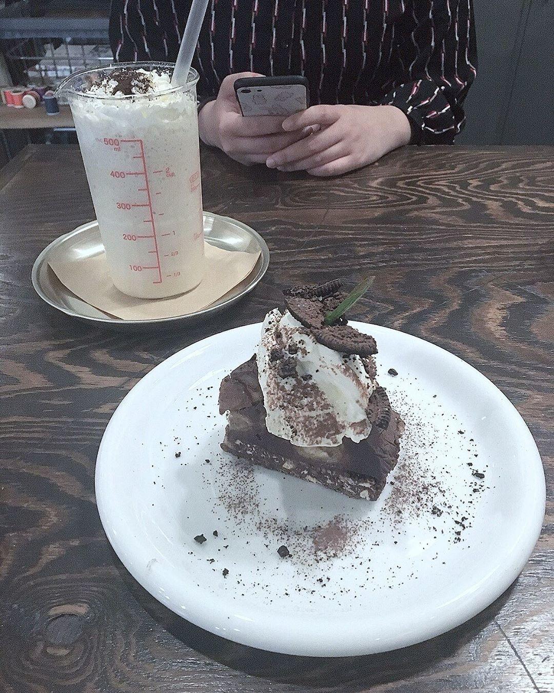読書に没頭できる『Cafe 青山文庫』
