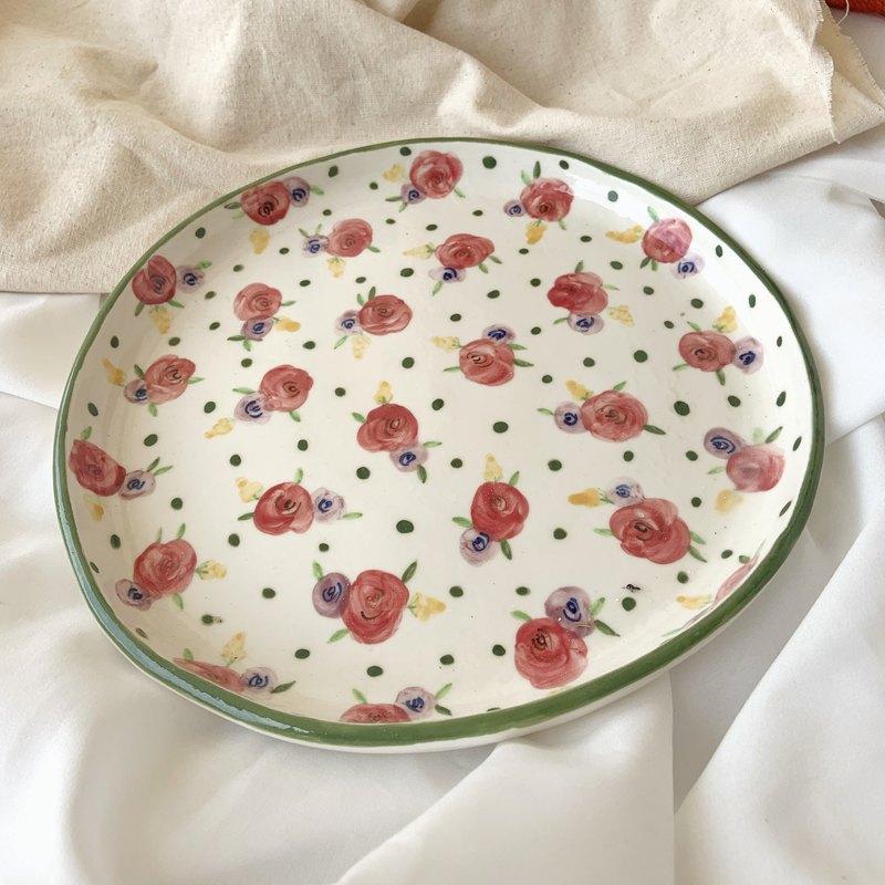 Rose Pattern Plate