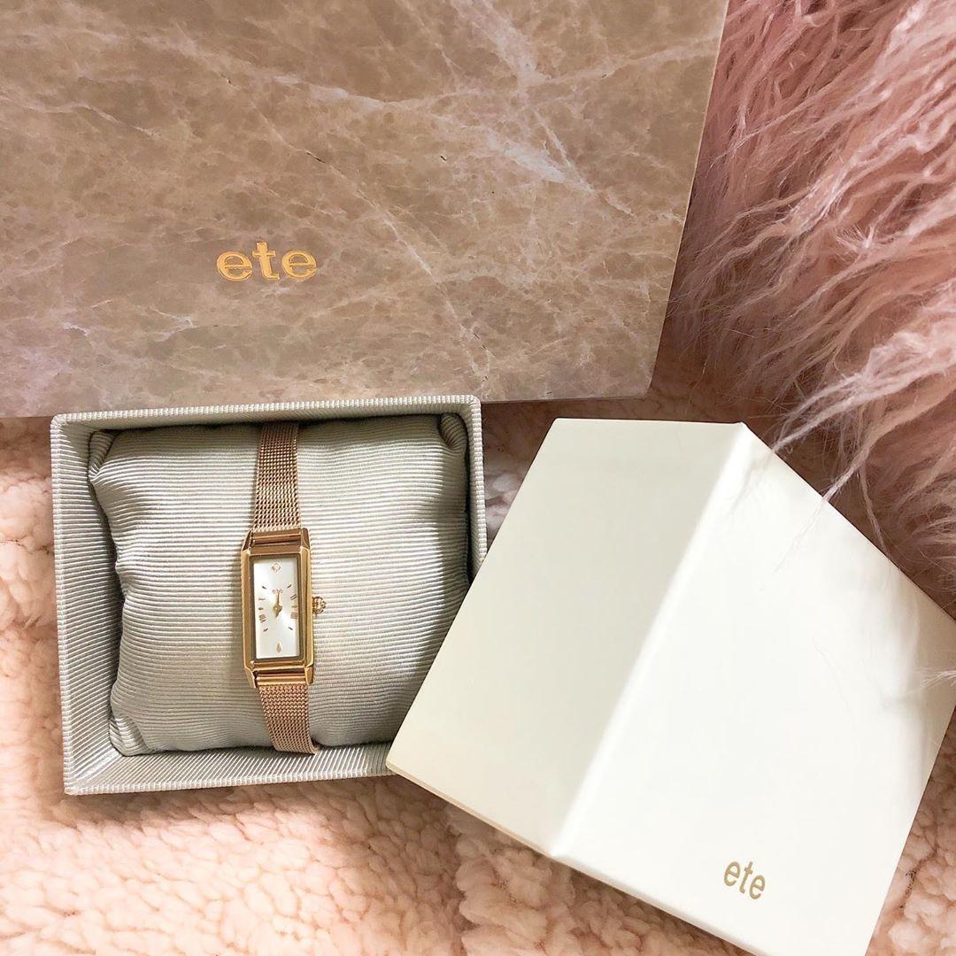 丸、四角、八角形...。お洒落なガールはファッションの一部に、腕時計特集