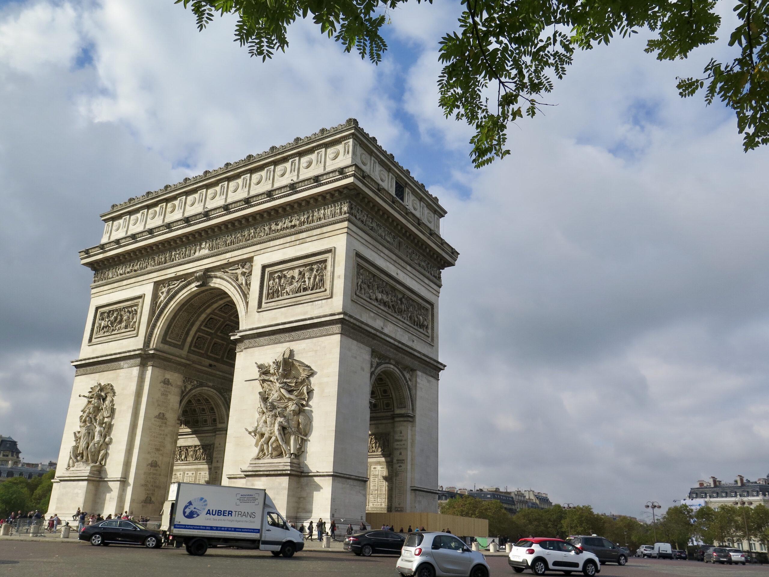 フランス・パリは一度は行きたい憧れの地