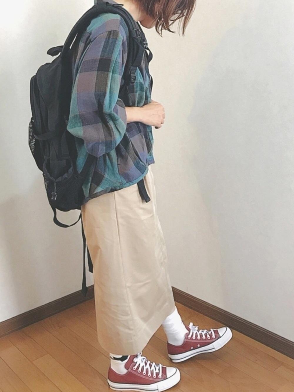 レッド系×白