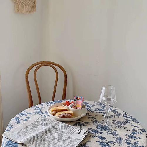 [ROOM1]こだわりのテーブル