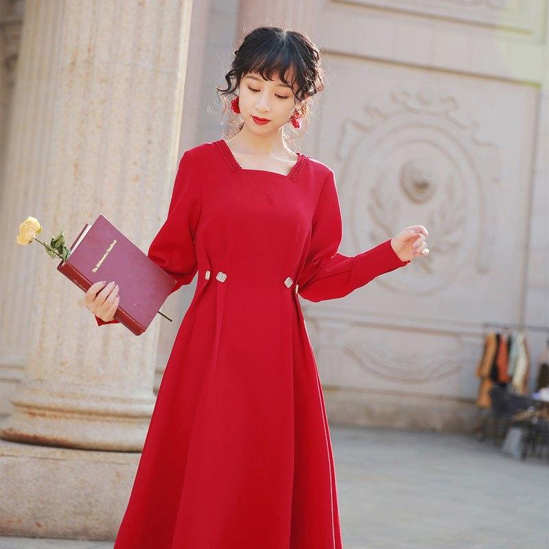 本とバラを贈り合う日