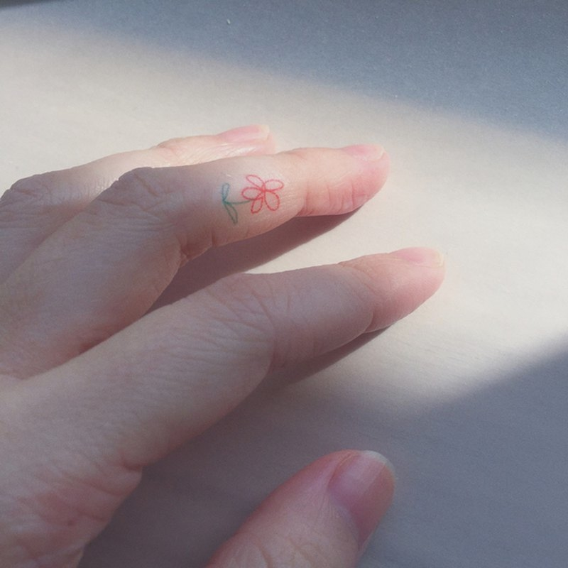 指にちょこんと