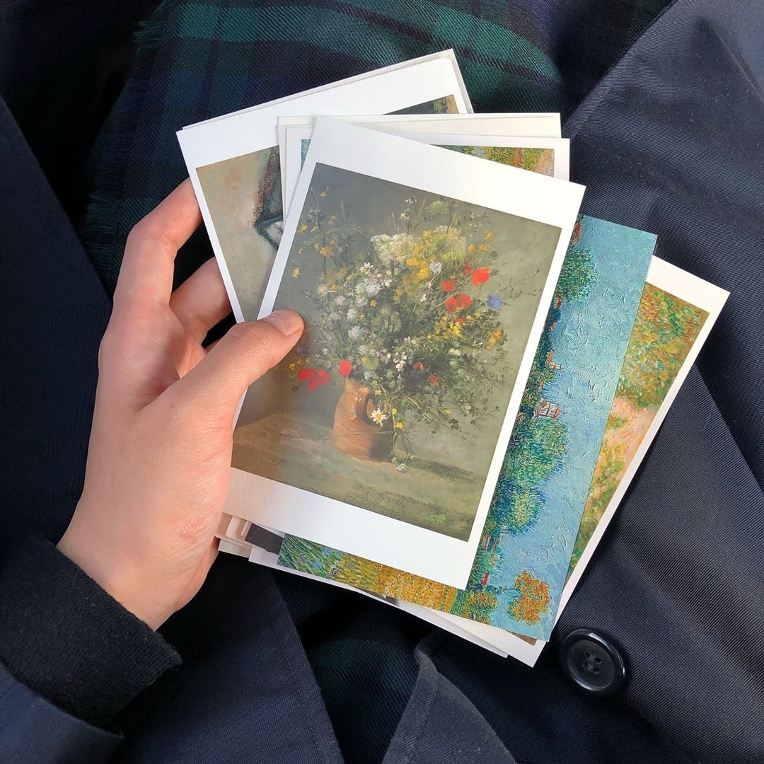 お手紙の言い訳は可愛いポストカード