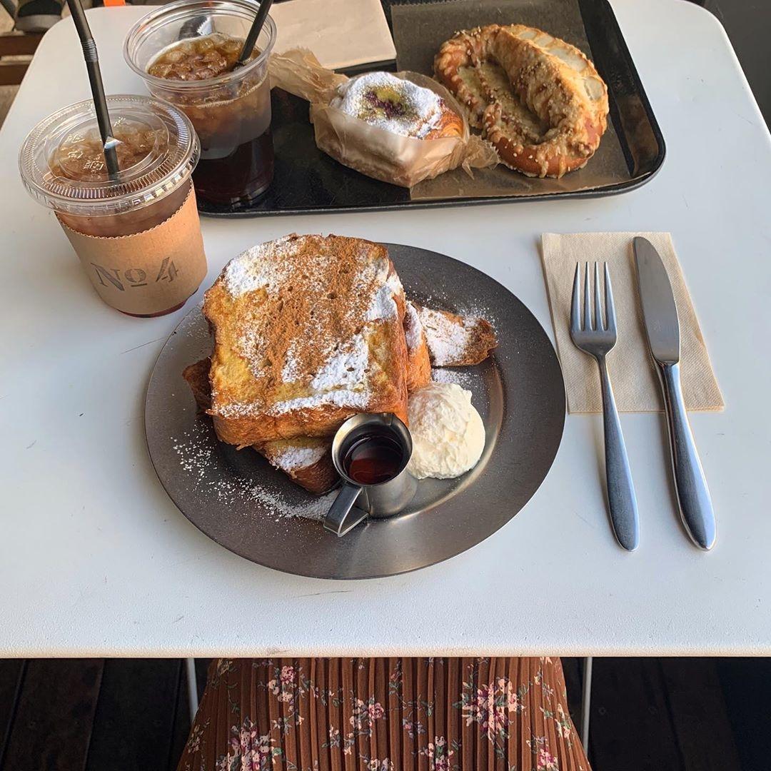 朝ごはんやお昼を食べに行くのもアリ