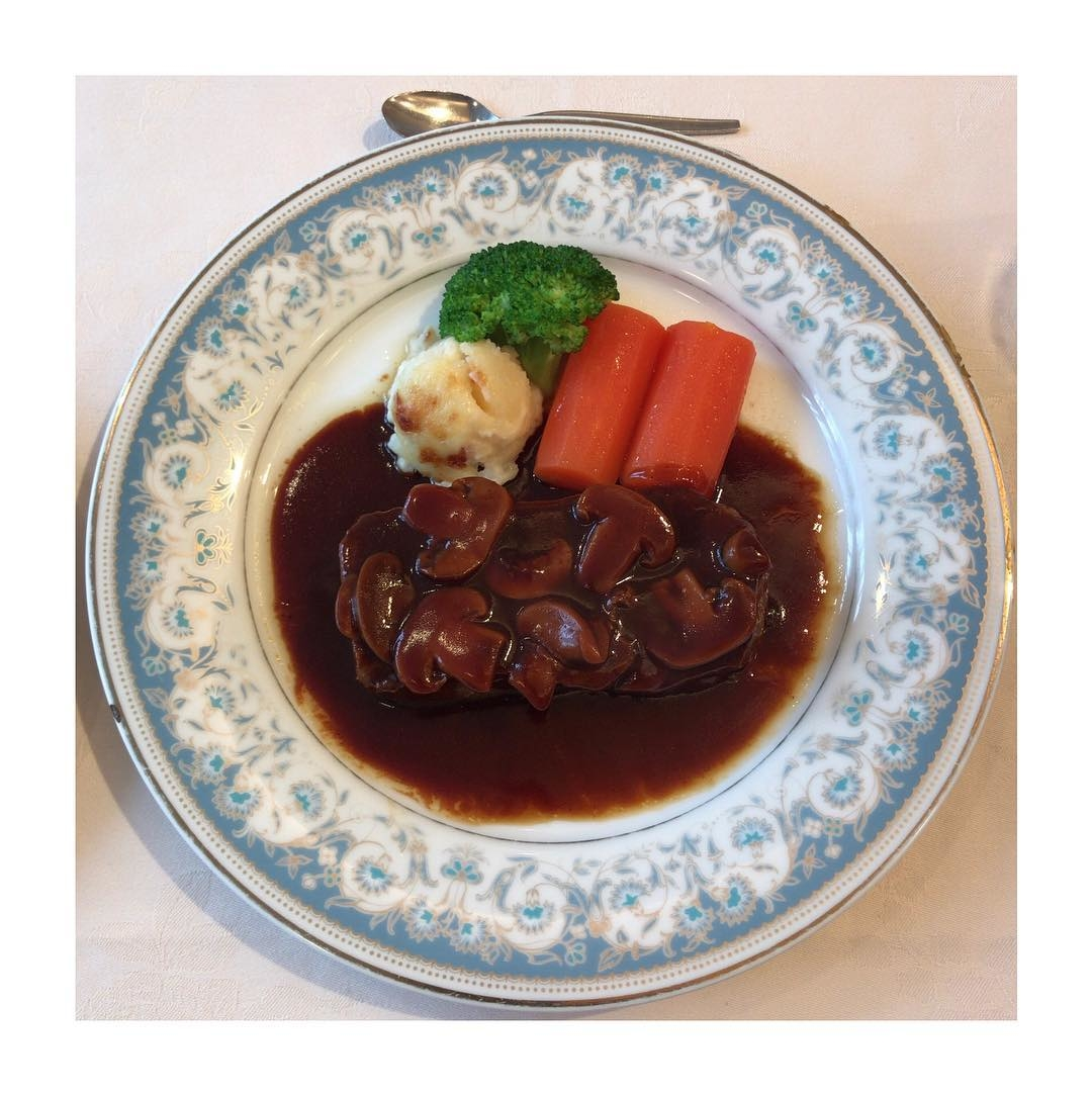 4:レストラン香味屋(東京)
