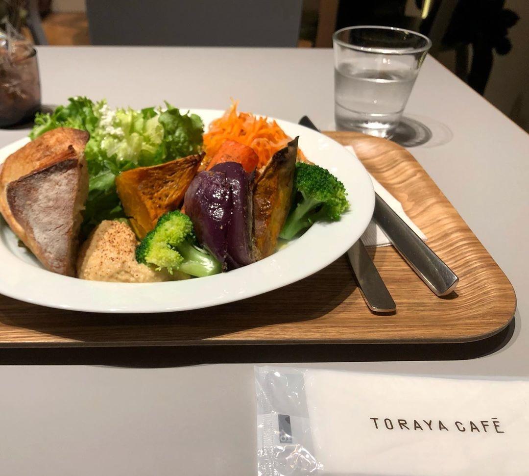 青山一丁目駅直結|TORAYA CAFE