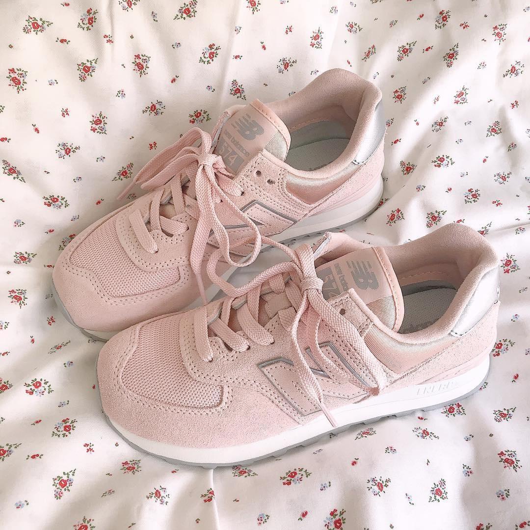 POINT5 靴はシーツの上に置いて撮ると◎