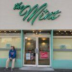 外国のような店にわくわく。POPでアメリカンな雰囲気を楽しむダイナー&カフェ