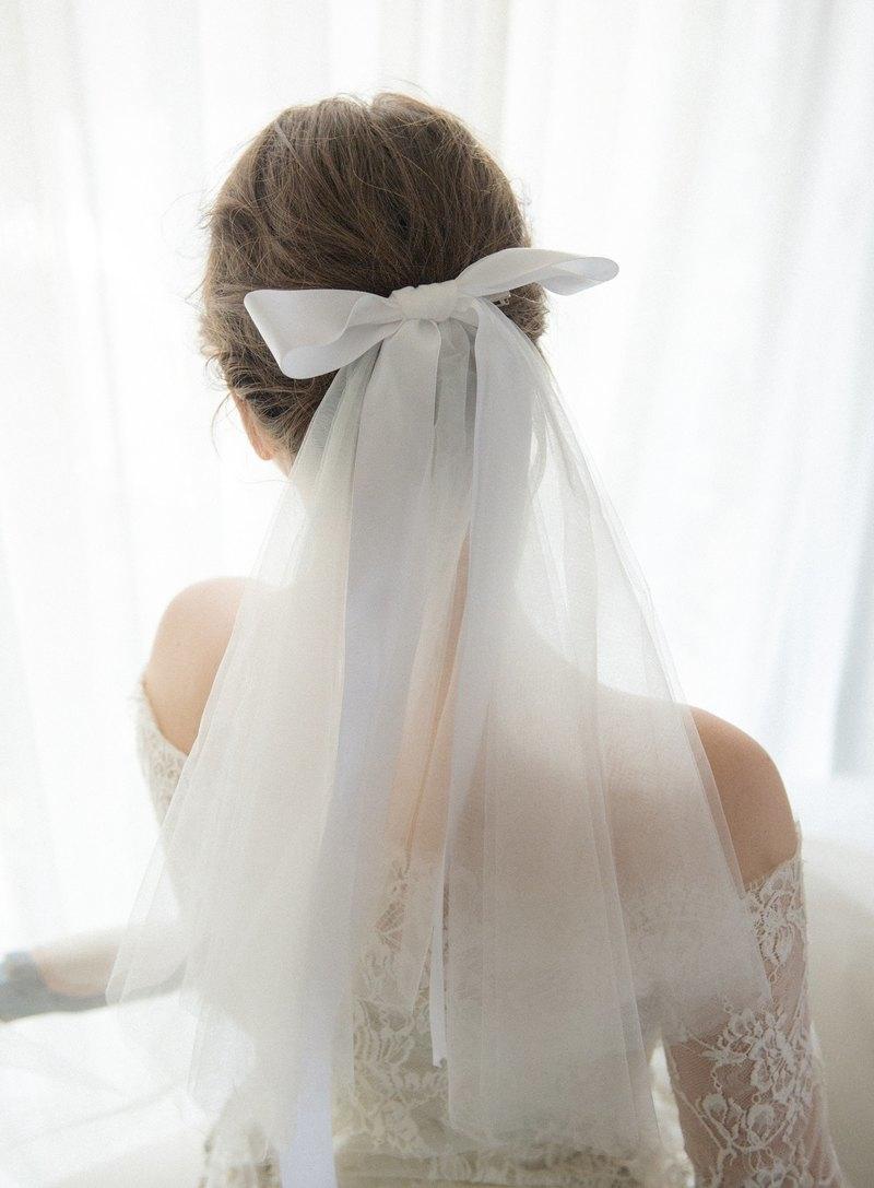 仲が良いあの子が結婚します。結婚式のお呼ばれドレス&気を付けたいこととは?