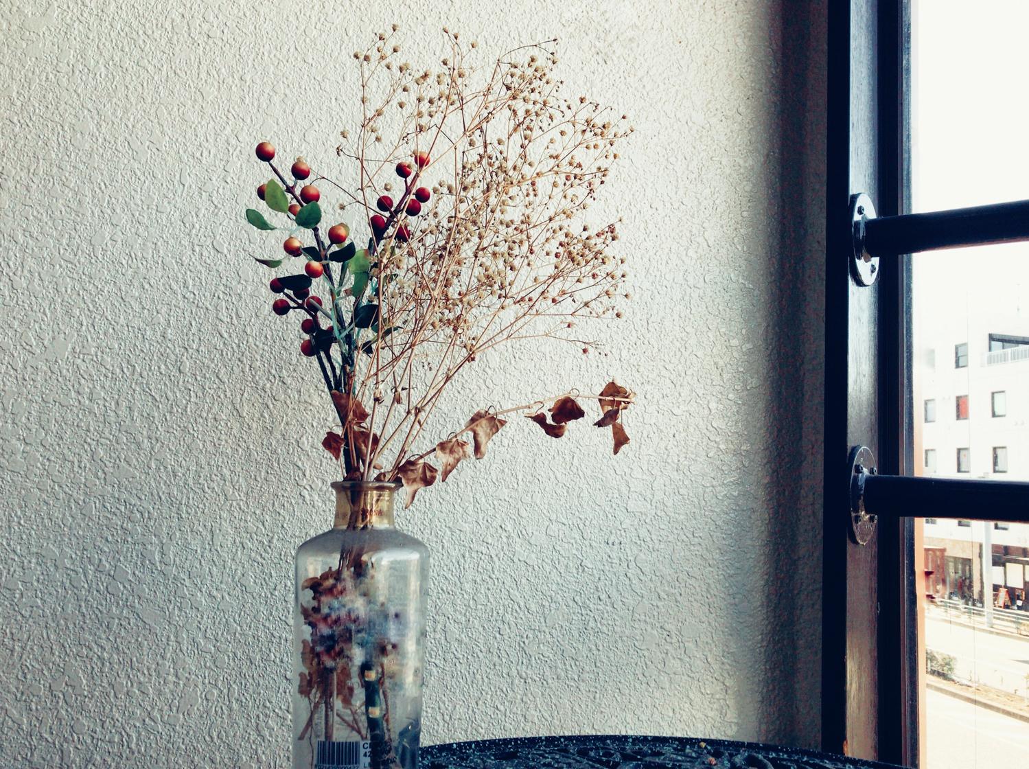AM8:30 お花を飾って、気分を上げるの