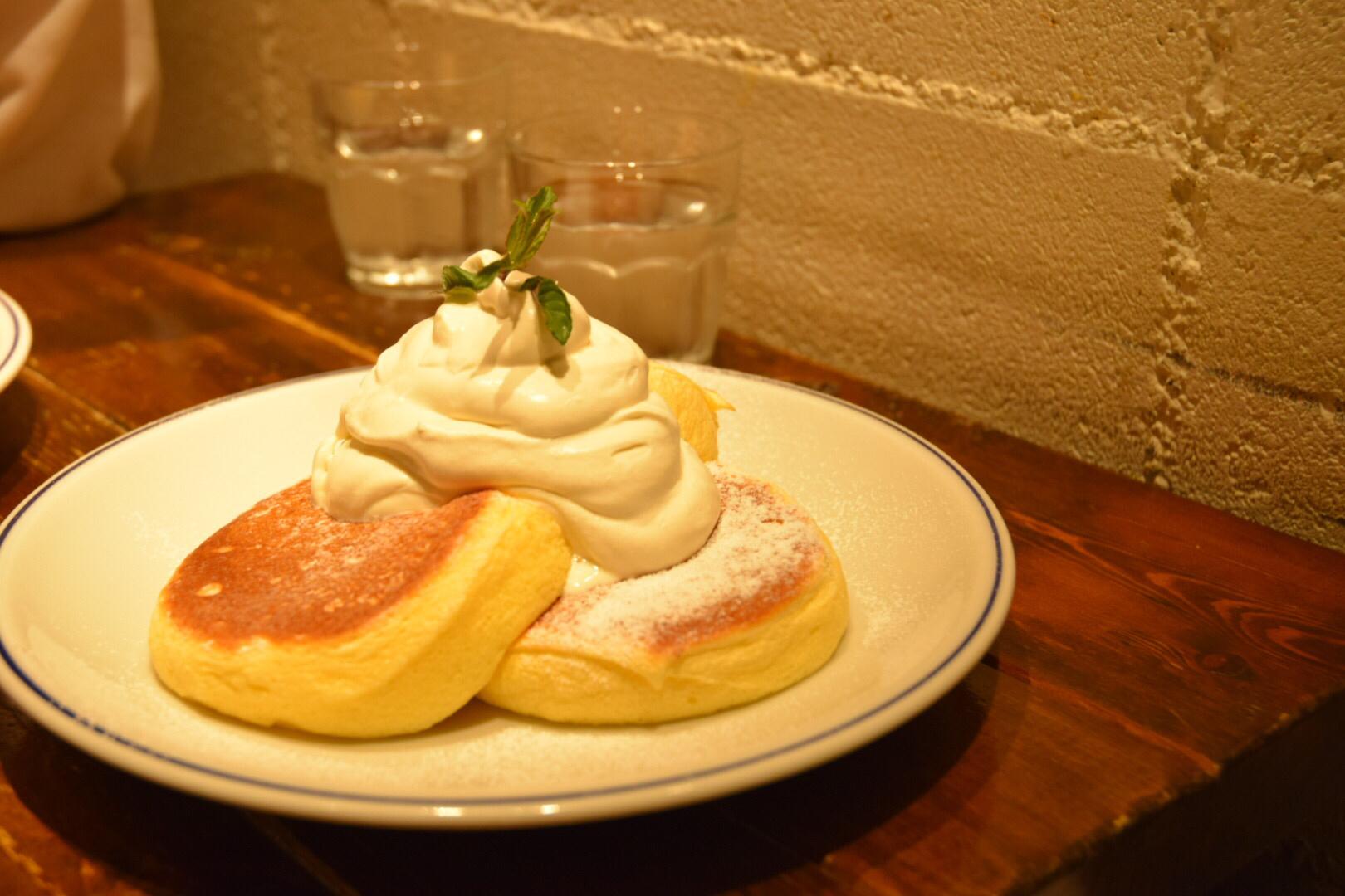 横浜でパンケーキを食べない?