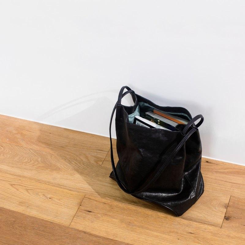 バッグの中身、何を入れてるの?