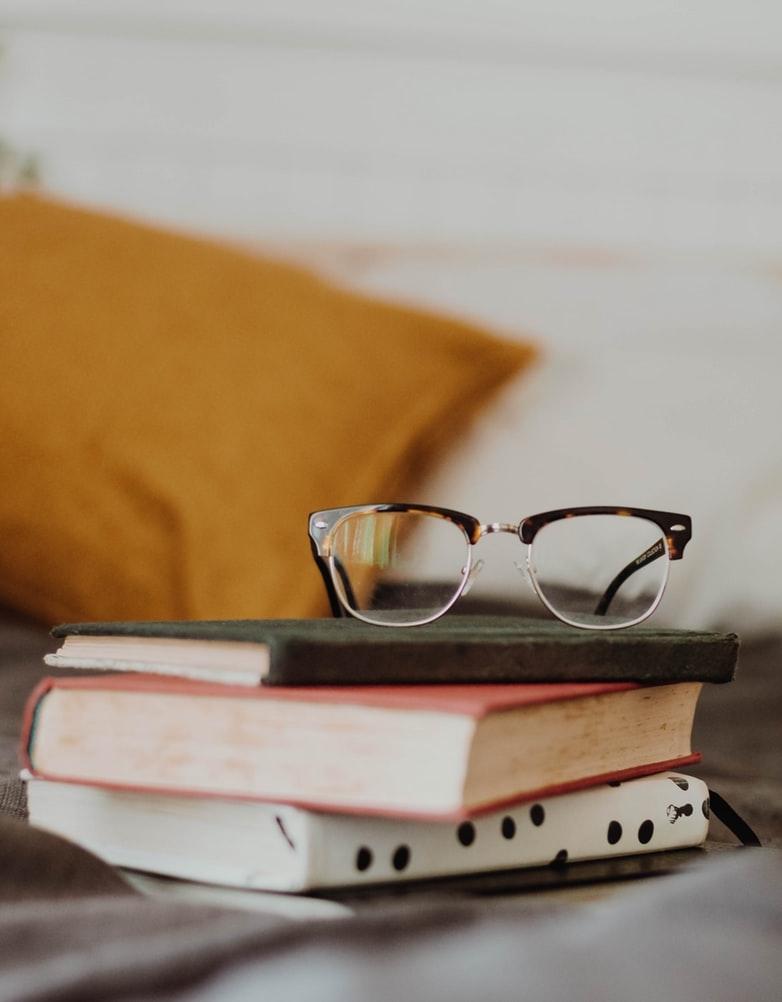 本を読むのが、何より好きなの