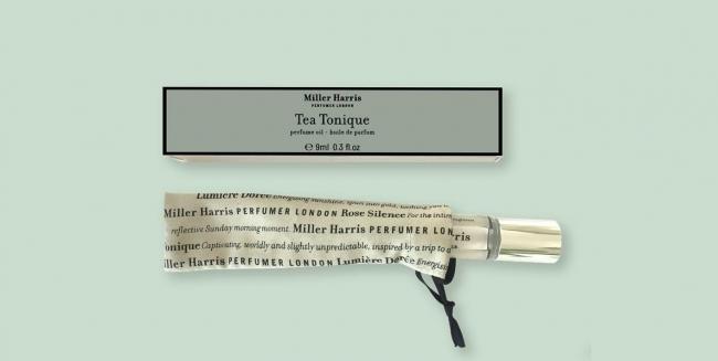 15:00 香り高い紅茶でアフタヌーンティーを