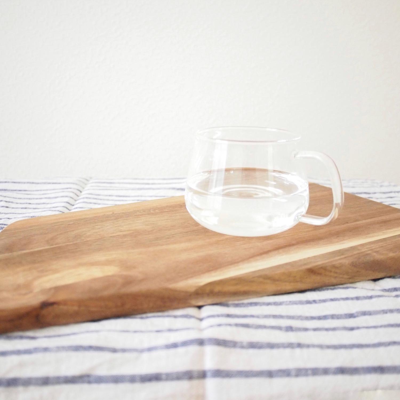 4 '木製のカッティングボード'で料理を楽しく