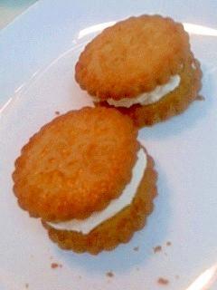 ヨーグルトアイスサンドクッキー