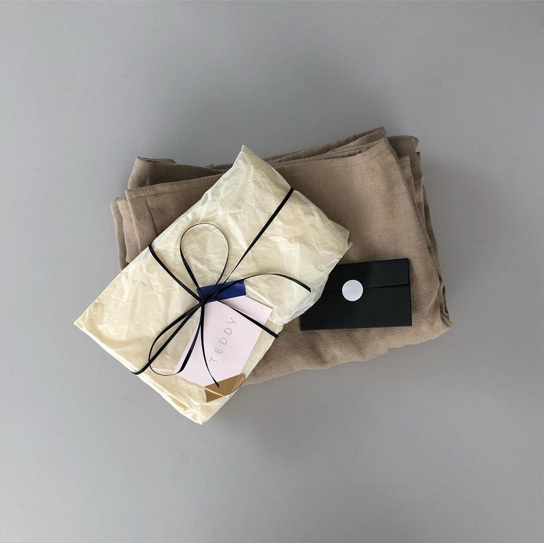 贈り物のような包装も素敵