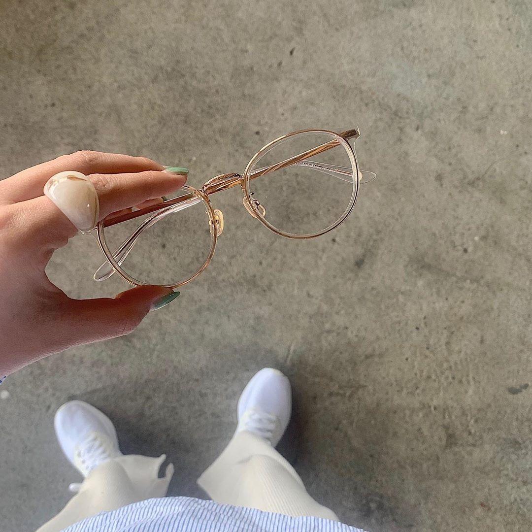 気になるあの人のメガネに憧れて