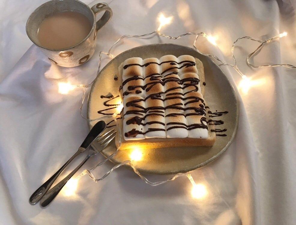 食卓が楽しくなるような、トーストを
