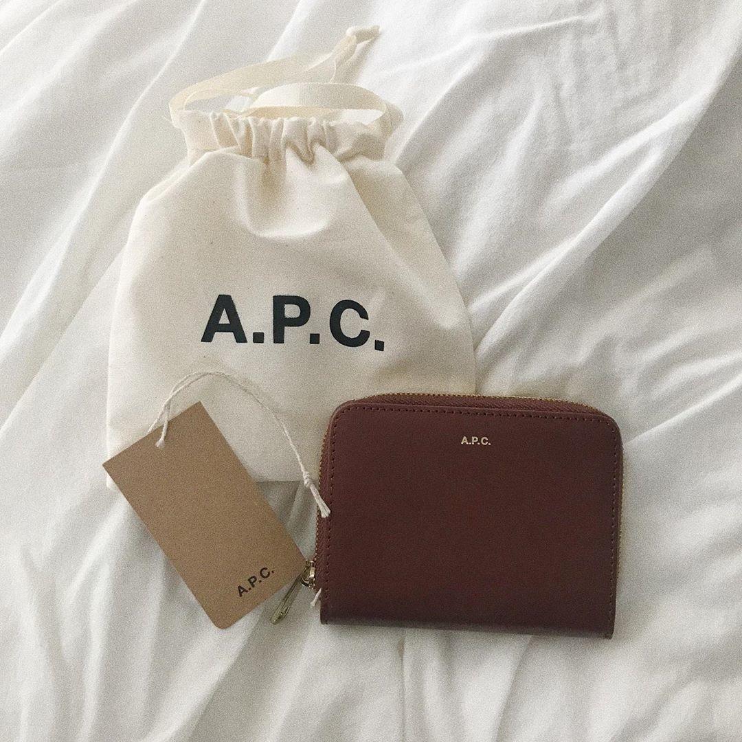 1:A.P.C.