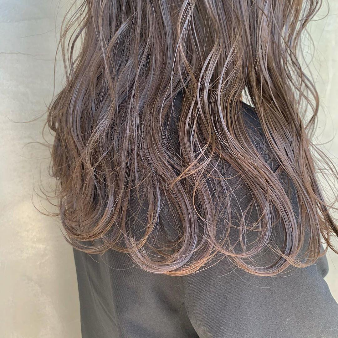 髪色で季節感を演出して