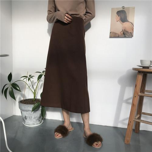 Aラインミディスカート