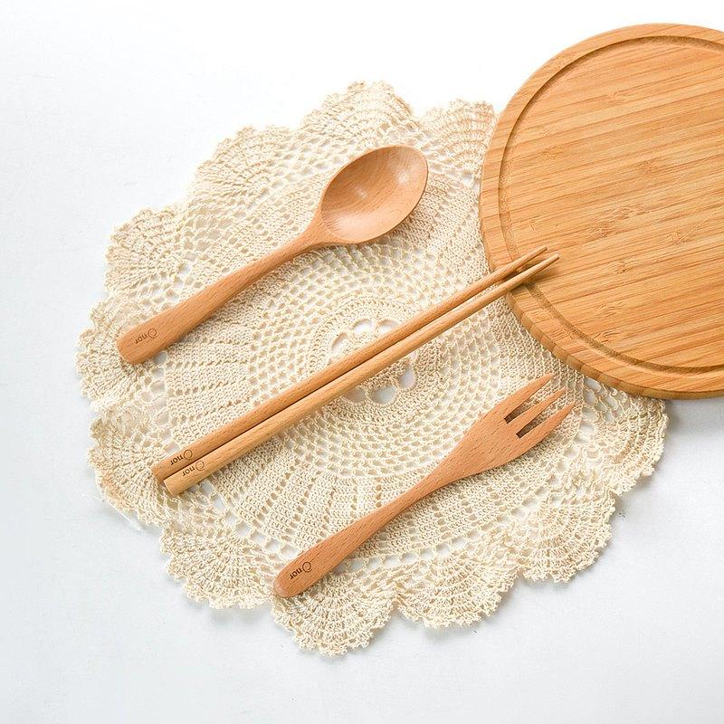 Natural Beech Tableware Set