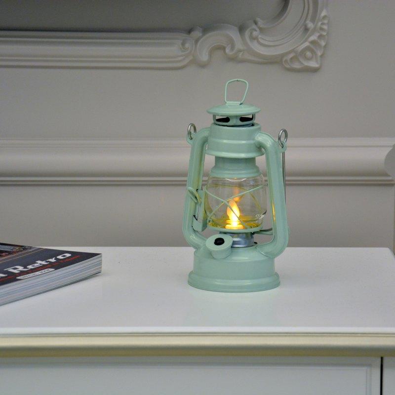 Japan's LUMO Retro LED Candlelight Camp Light