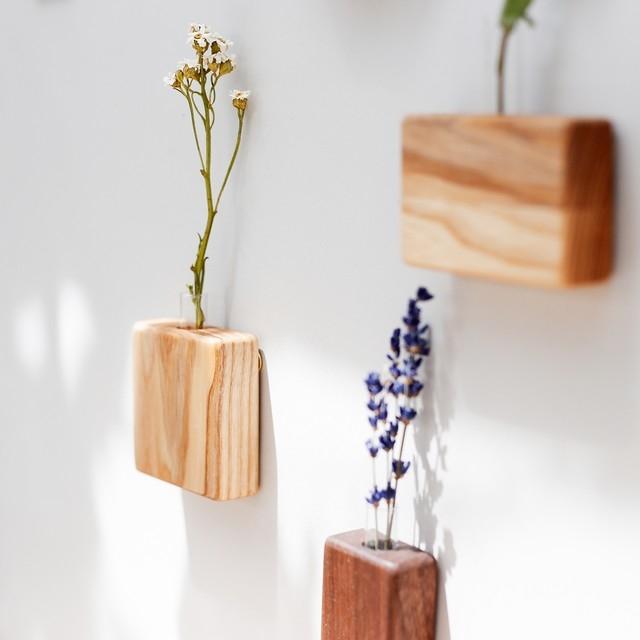 自然のあるライフスタイルに憧れて。おしゃれなフラワーベースとお花を長持ちさせる方法
