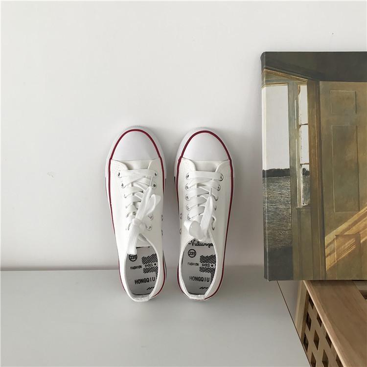 白スニーカーは綺麗に保つのが難しい。靴のお手入れ方法を知って、お洒落をもっと楽しもう♡