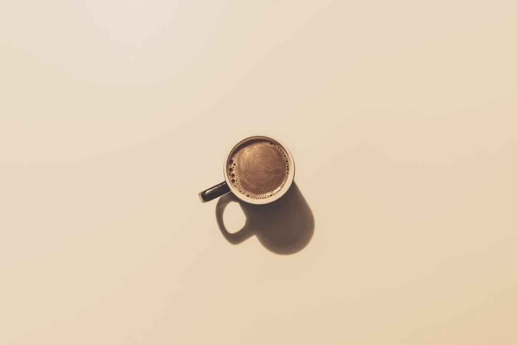 パーティ要素:特別なコーヒーと一緒に