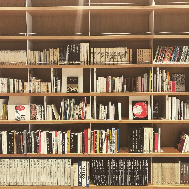 どうやって本を見つけるの?