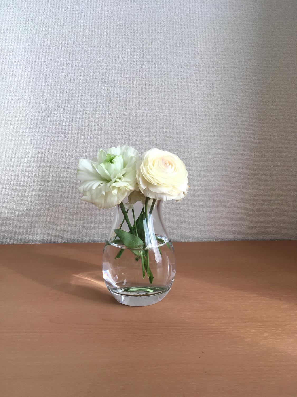 花瓶は清潔感を