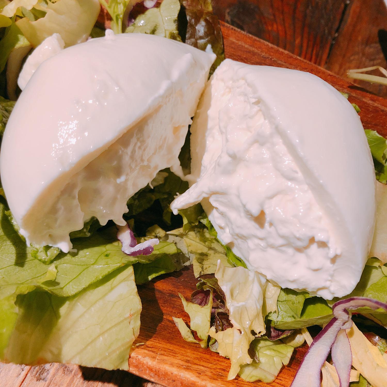 ブッラータチーズってどんなもの?