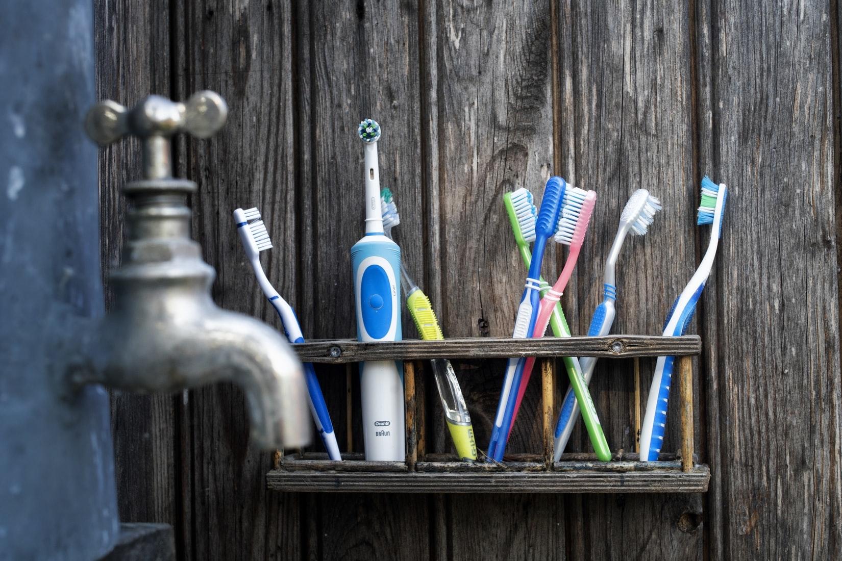 綺麗な歯を保つ:歯ブラシ