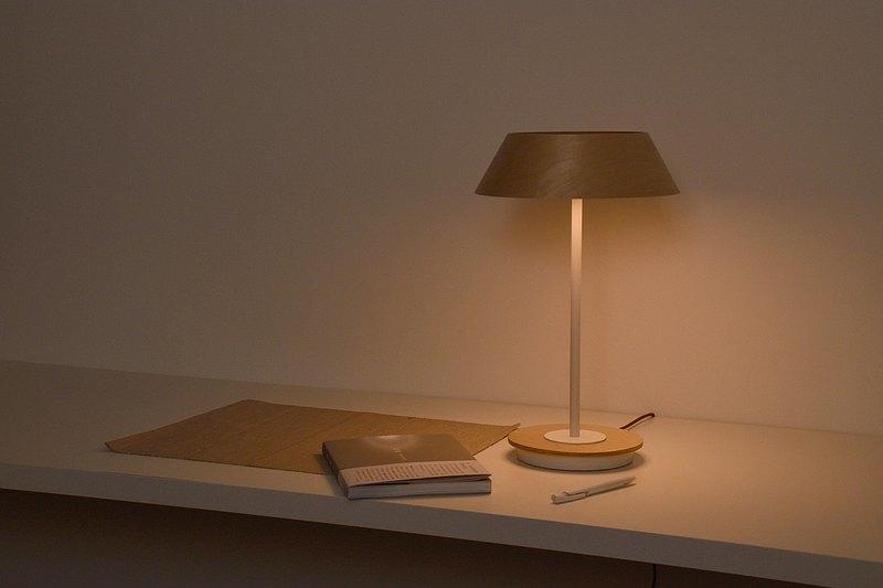 item4:lamp