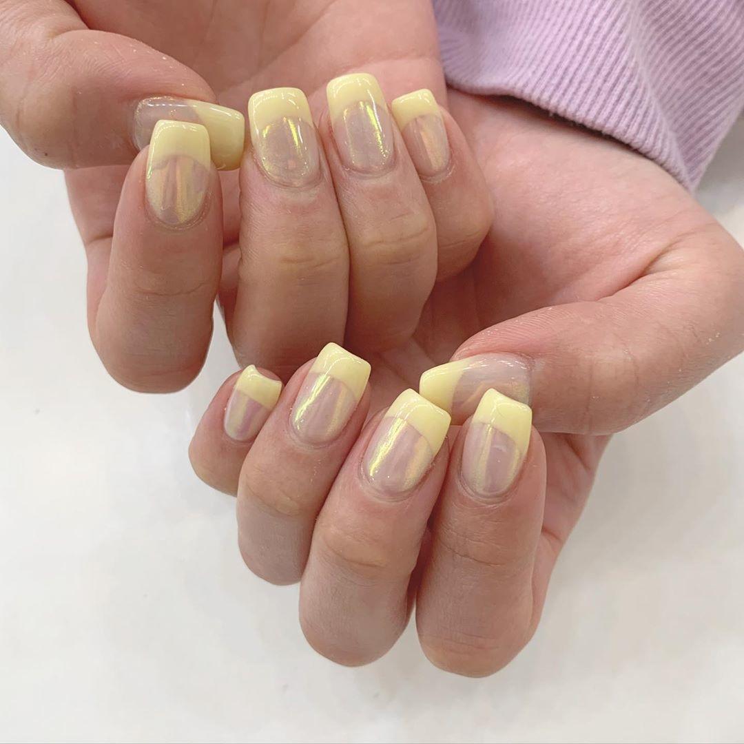 大人っぽ可愛い♡mirror french nail