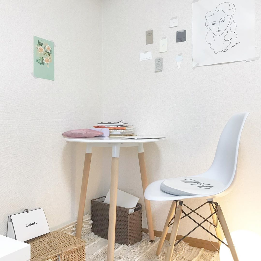 STYLE2|高さのあるテーブルでカフェ気分を