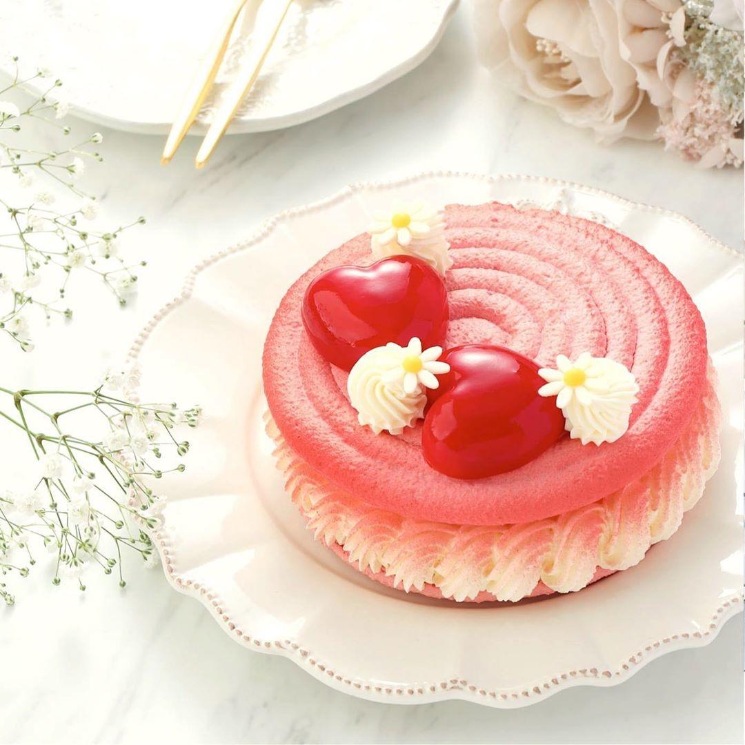 おうちにいながら映えるケーキを