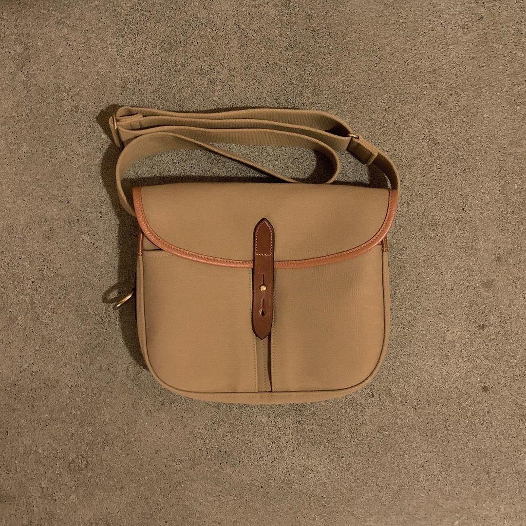 お気に入りのバッグを、見て〜!