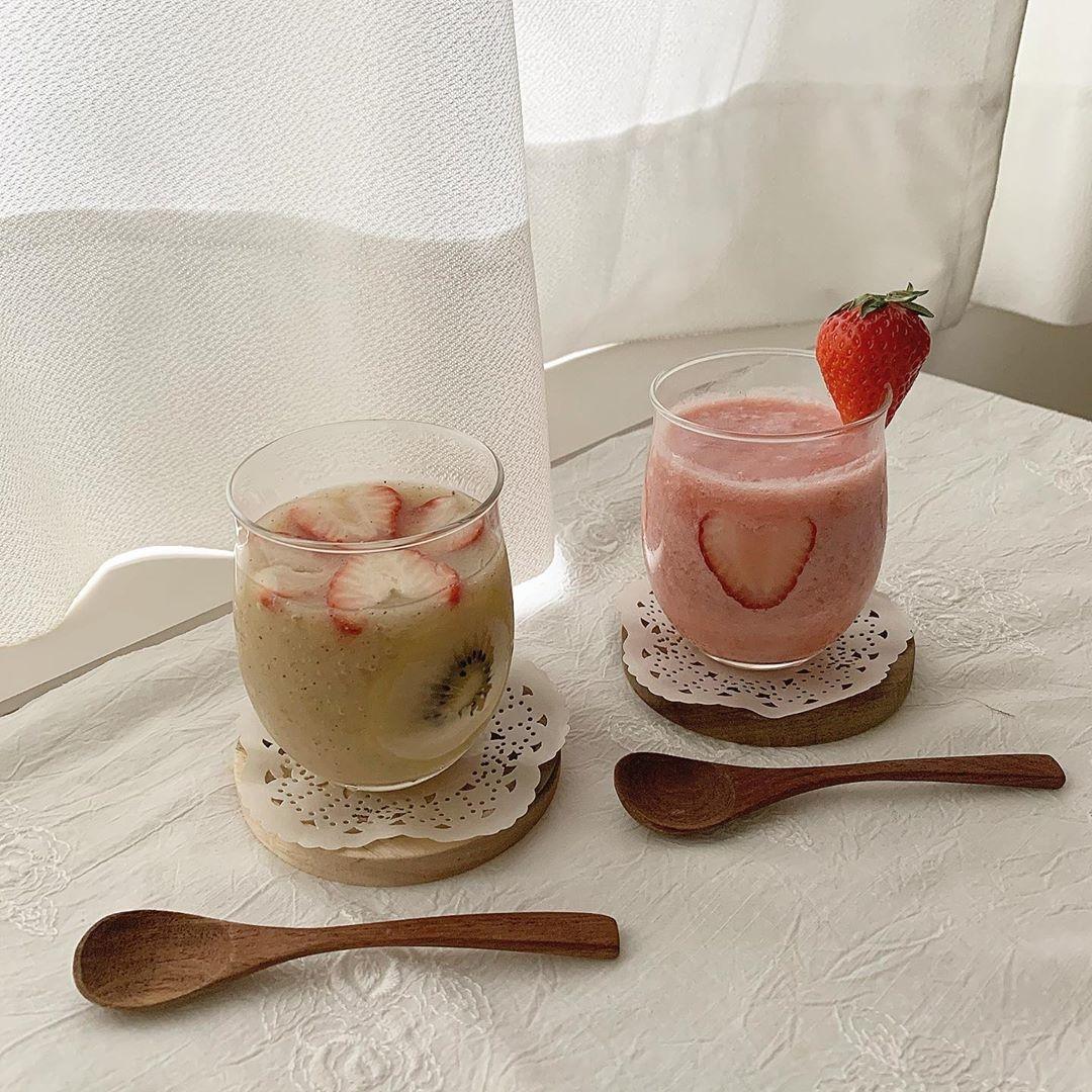 いちご&キウイジュースは色合いが可愛い!
