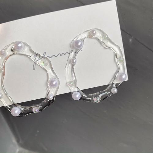 clear circle pierce