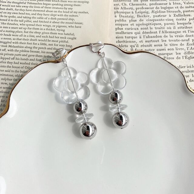 Clear flower×silver pierce